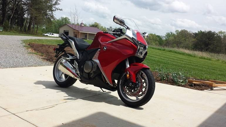 See more photos for this Honda Vfr 1200F, 2010 motorcycle listing