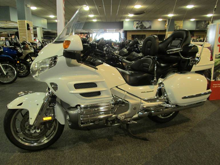 See more photos for this Honda GOLD WING PREMIUM AU, 2004 motorcycle listing