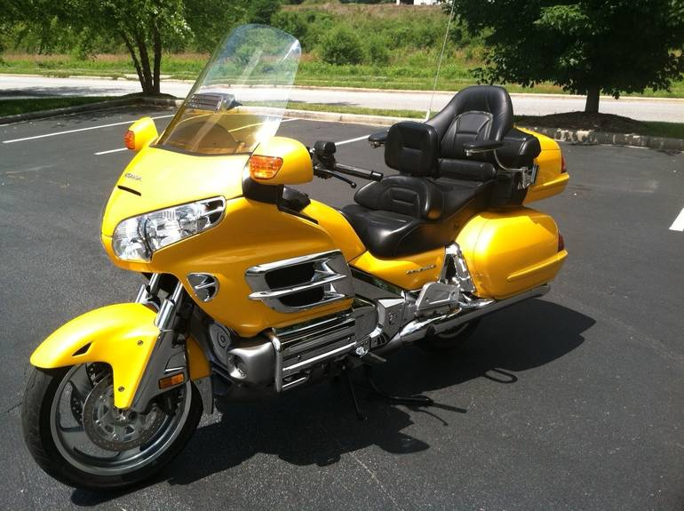 See more photos for this Honda GOLDWING, 2004 motorcycle listing