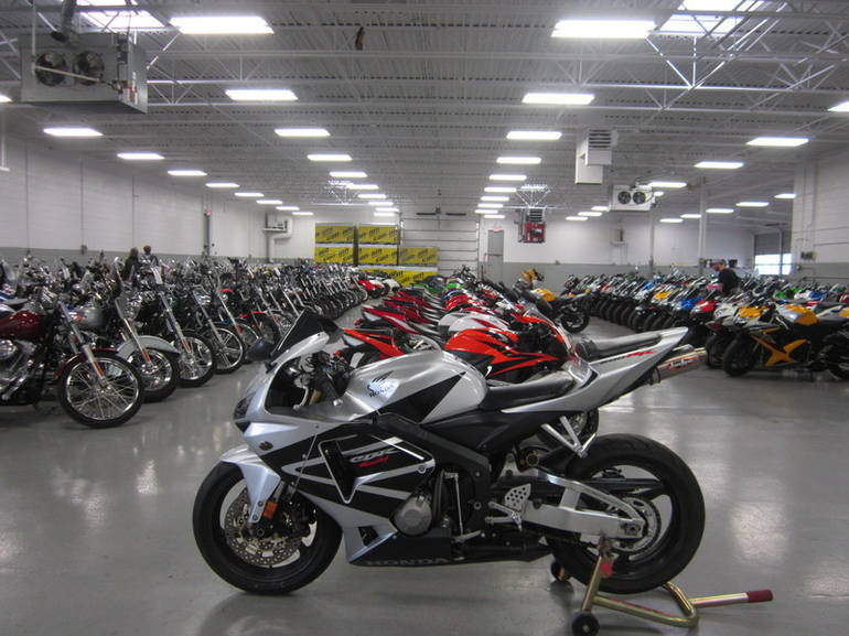 See more photos for this Honda CBR 600RR, 2005 motorcycle listing