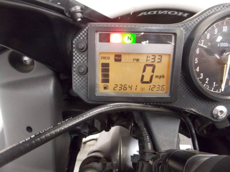 See more photos for this Honda CBR600F4i, 2005 motorcycle listing