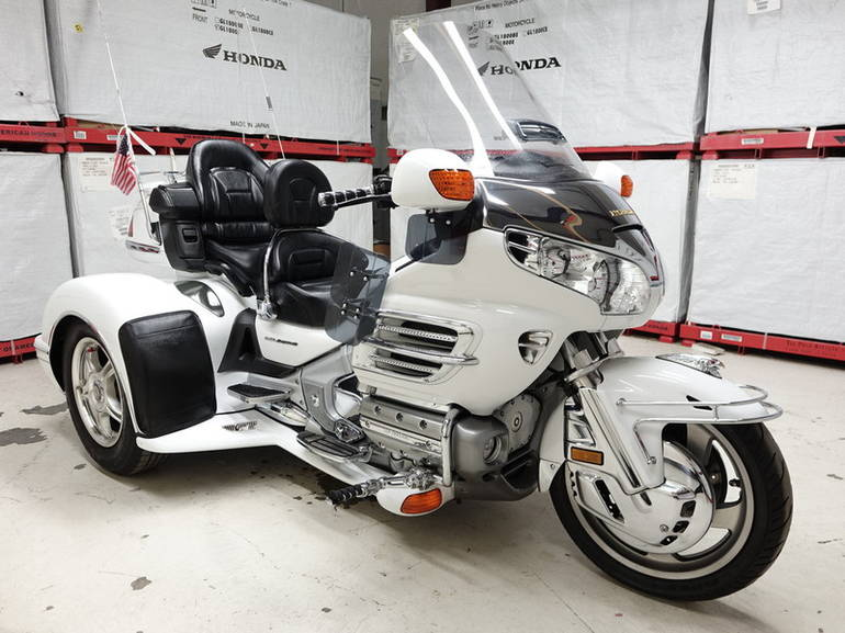 See more photos for this Honda GL1800 30th Anniversary Gold Wing Trike , 2005 motorcycle listing