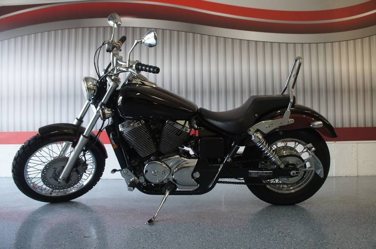 See more photos for this Honda VT750DCB , 2005 motorcycle listing