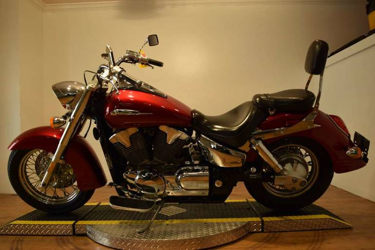 See more photos for this Honda VTX 1300R, 2005 motorcycle listing