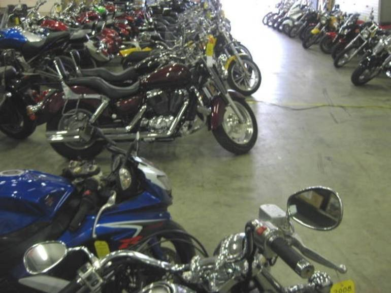 See more photos for this We Buy Bikes ------------ Honda VTX1800R, 2005 motorcycle listing