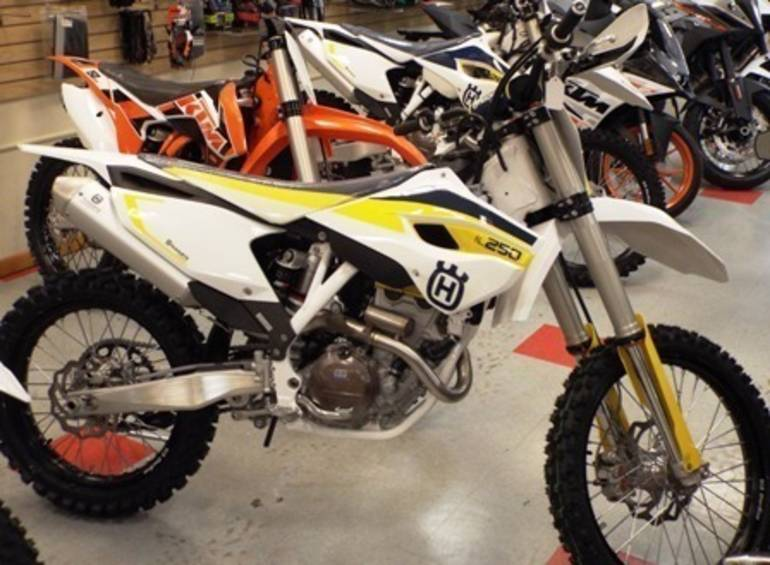 See more photos for this Husqvarna FC250, 2015 motorcycle listing
