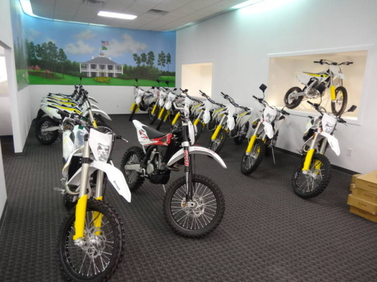 See more photos for this Husqvarna FC450, 2015 motorcycle listing