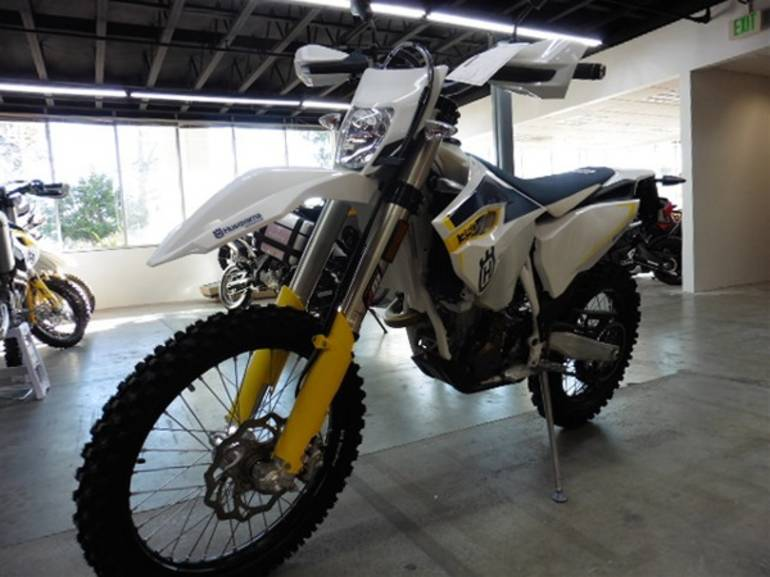 See more photos for this Husqvarna FE 350 S, 2015 motorcycle listing
