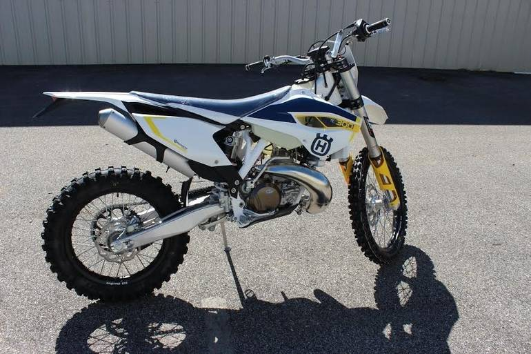 See more photos for this Husqvarna TE 300, 2015 motorcycle listing