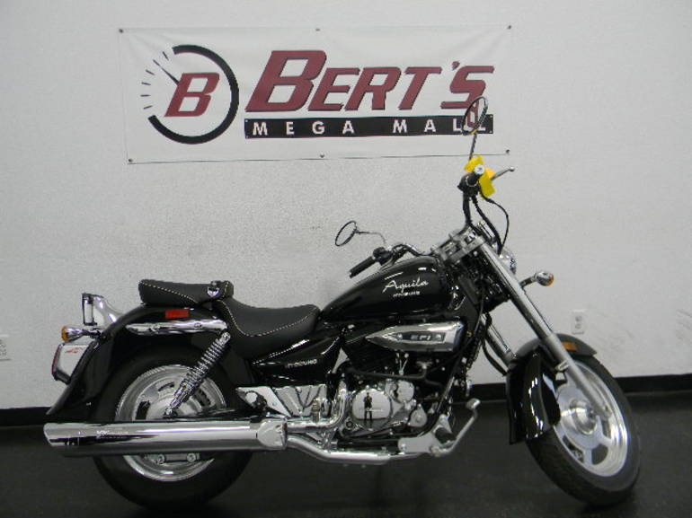 See more photos for this Hyosung GV250, 2012 motorcycle listing