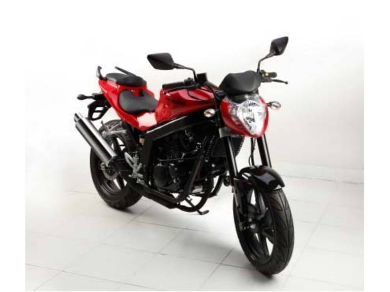 See more photos for this Hyosung GT250, 2014 motorcycle listing