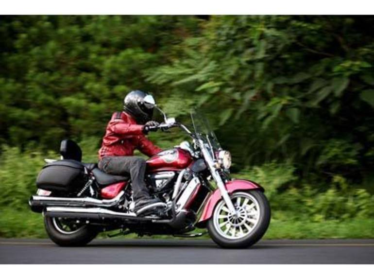 See more photos for this Hyosung ST7 Deluxe, 2014 motorcycle listing