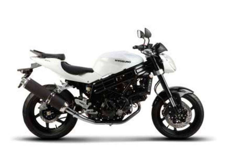 See more photos for this Hyosung GT650, 2015 motorcycle listing