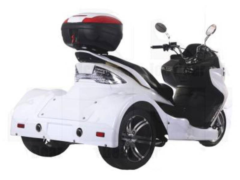 See more photos for this Ice Bear 300cc Zodiac Automatic 4 Stroke Trike Moped Scooter, 2012 motorcycle listing