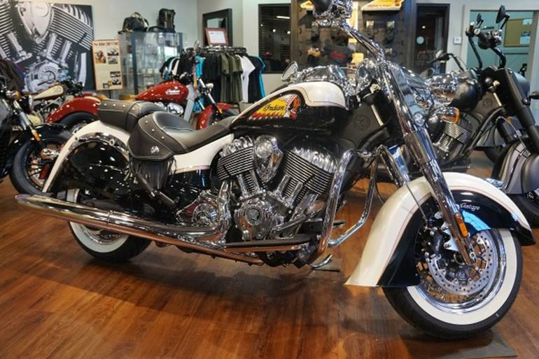2015 Indian CHIEF VINTAGE PEARL WHITE & BLACK Motorcycle ...