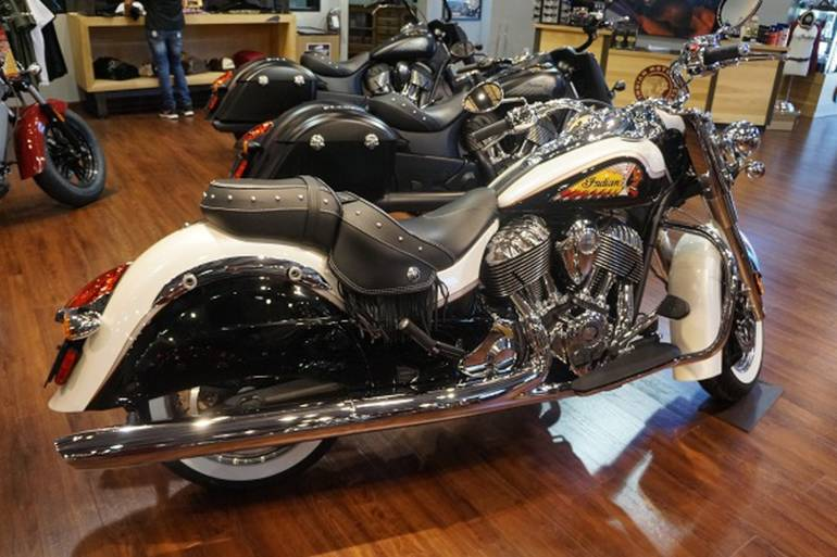 Vintage Honda Motorcycle Parts >> 2015 Indian CHIEF VINTAGE PEARL WHITE & BLACK Motorcycle From Daytona Beach, FL,Today Sale ...