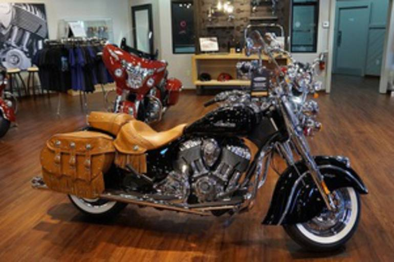 See more photos for this Indian Chief Vintage Thunder Black, 2015 motorcycle listing