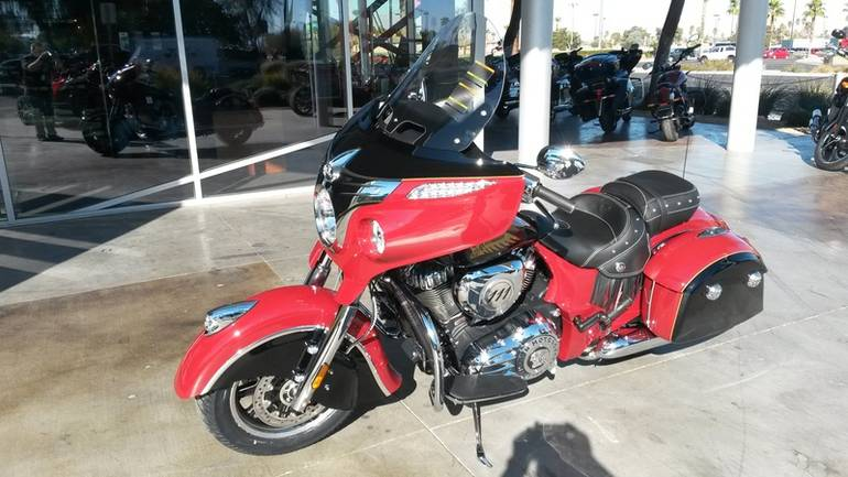 See more photos for this Indian Chieftain Indian Red/Thunder Black, 2015 motorcycle listing