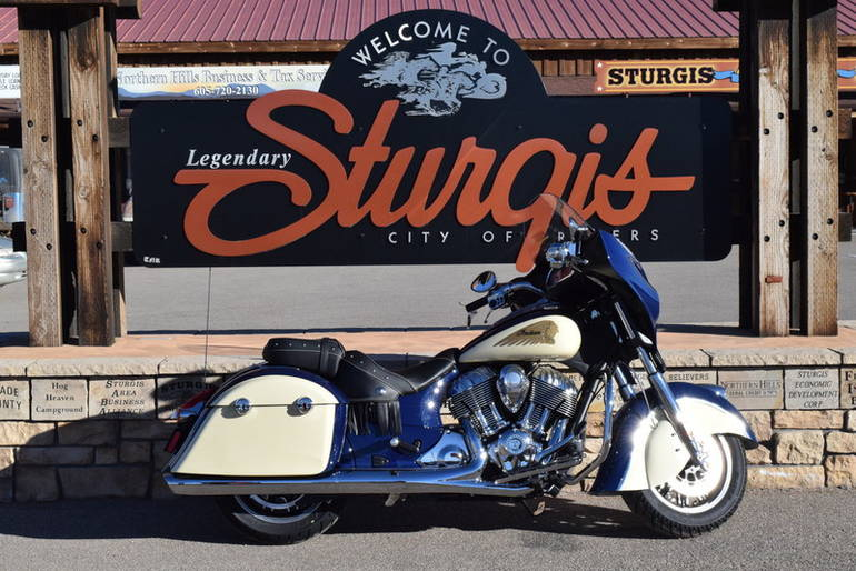 See more photos for this Indian Chieftain Springfield Blue/Ivory Cream, 2015 motorcycle listing