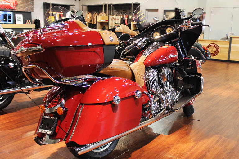See more photos for this Indian Indian Roadmaster - Indian Red, 2015 motorcycle listing