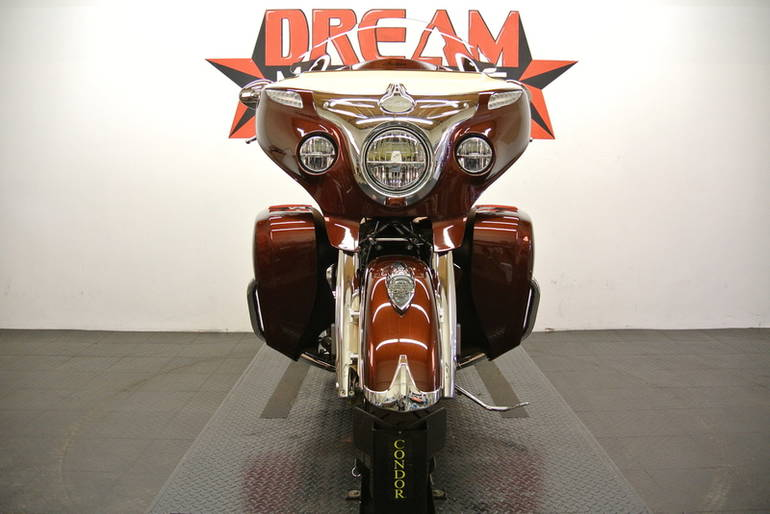 See more photos for this Indian Roadmaster *$5,000 Custom Paint Job*, 2015 motorcycle listing