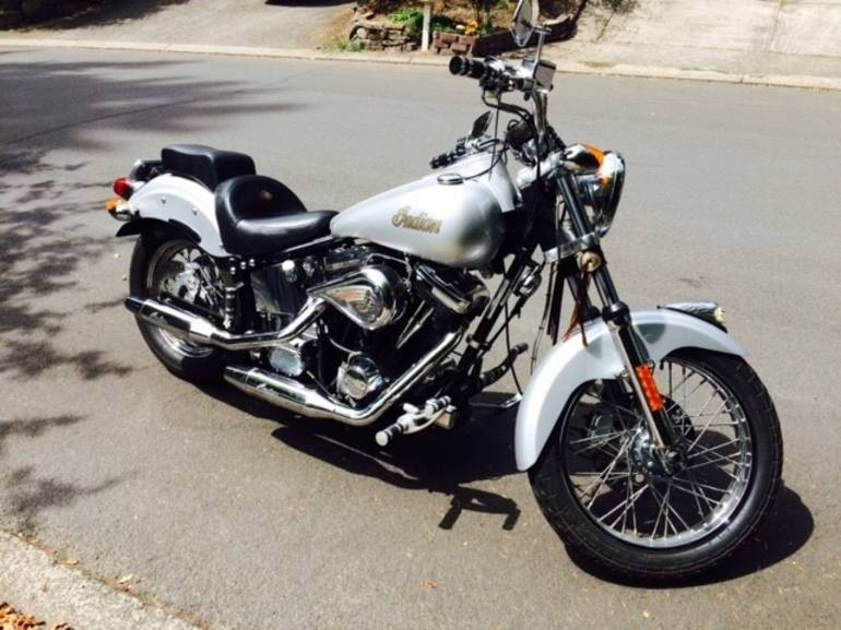 2000 indian scout motorcycle from lake oswego or today sale 6 999. Black Bedroom Furniture Sets. Home Design Ideas