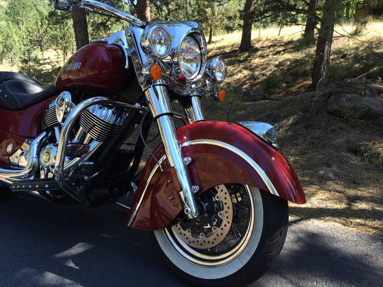 See more photos for this Indian Chief Classic Indian Motorcycle Red, 2014 motorcycle listing