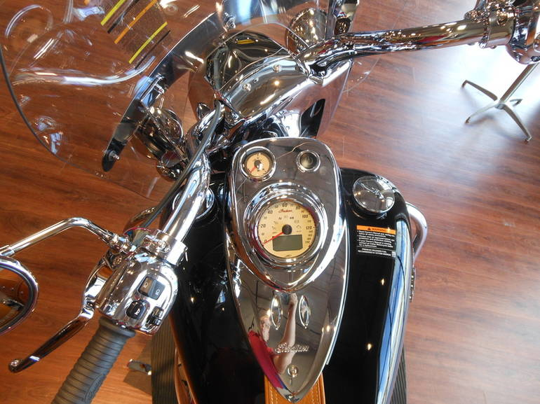 See more photos for this Indian Chief Vintage Thunder Black, 2014 motorcycle listing