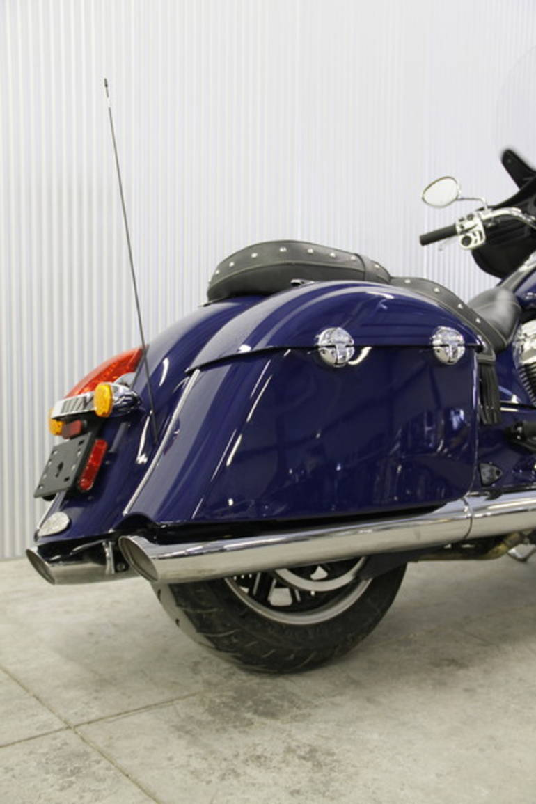 See more photos for this Indian Chieftain Springfield Blue, 2014 motorcycle listing