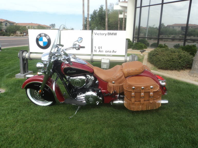See more photos for this Indian Chief Vintage Indian Red / Thunder Black, 2015 motorcycle listing