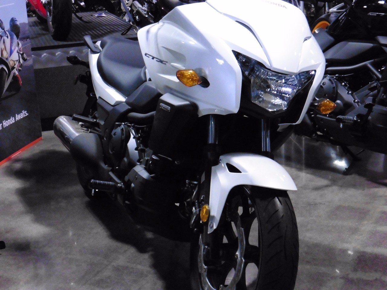 2016 Honda CTX700 LE 700 DCT ABS (CTX700D) Motorcycle From