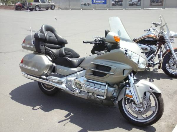 2003 Honda GL1800 ABS, motorcycle listing