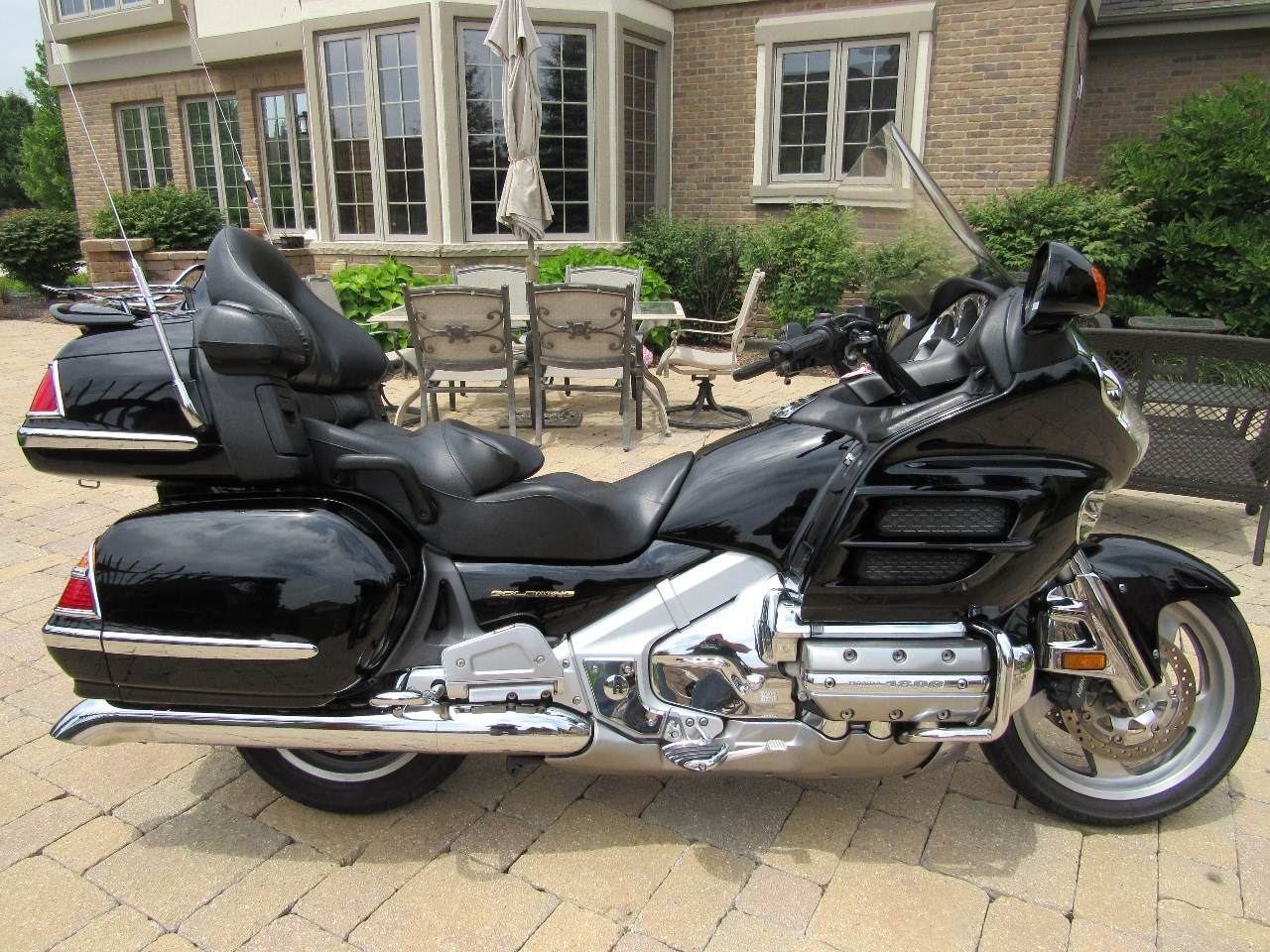 2003 Honda GOLD WING 1800 ABS, motorcycle listing