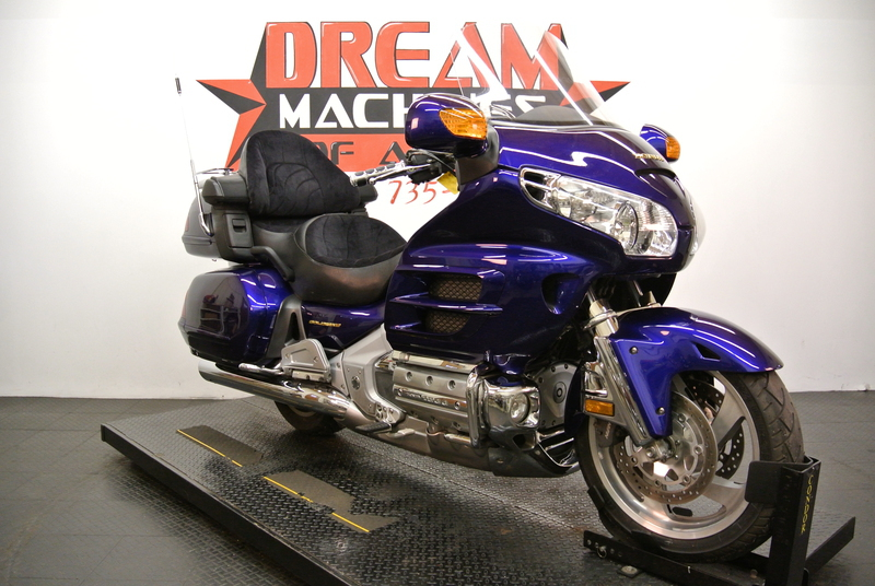 2003 Honda GOLD WING GL1800, motorcycle listing