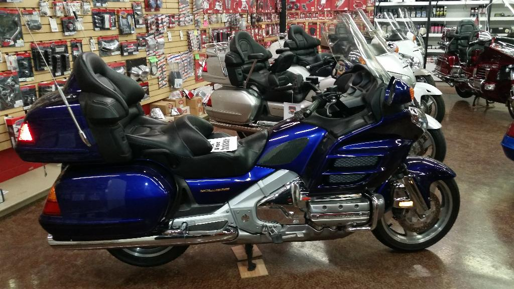2003 Honda Gold Wing, motorcycle listing