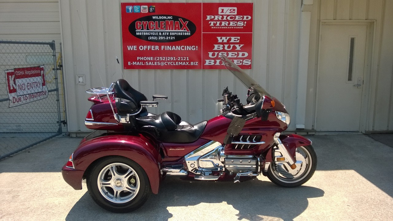 2004 Honda GOLD WING 1800, motorcycle listing