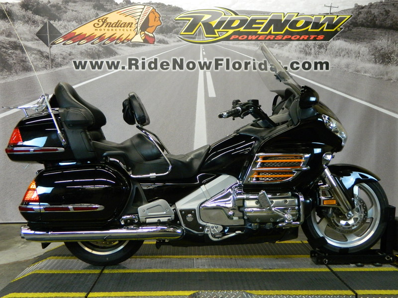 2004 Honda Gold Wing ABS, motorcycle listing