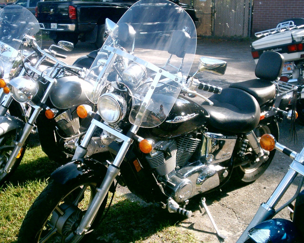 2004 Honda SHADOW SPIRIT VT1100, motorcycle listing