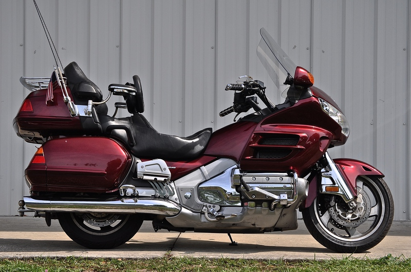 2005 Honda Gold Wing ABS, motorcycle listing