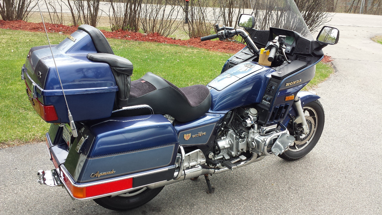 1986 honda gold wing 1200 1200 motorcycle from eagan mn. Black Bedroom Furniture Sets. Home Design Ideas
