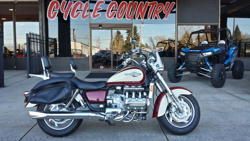 1998 Honda GL1500CLW, motorcycle listing
