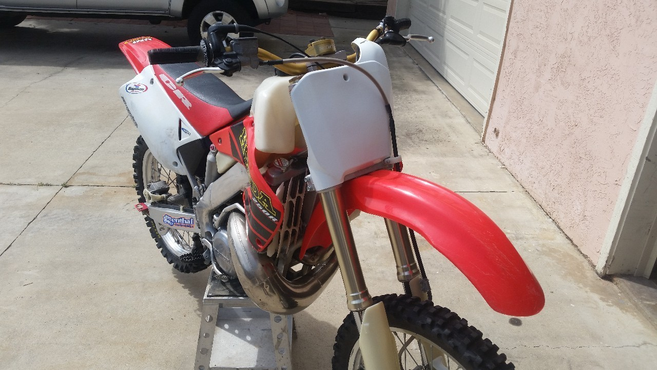 2001 Honda Cr Series 250R, motorcycle listing