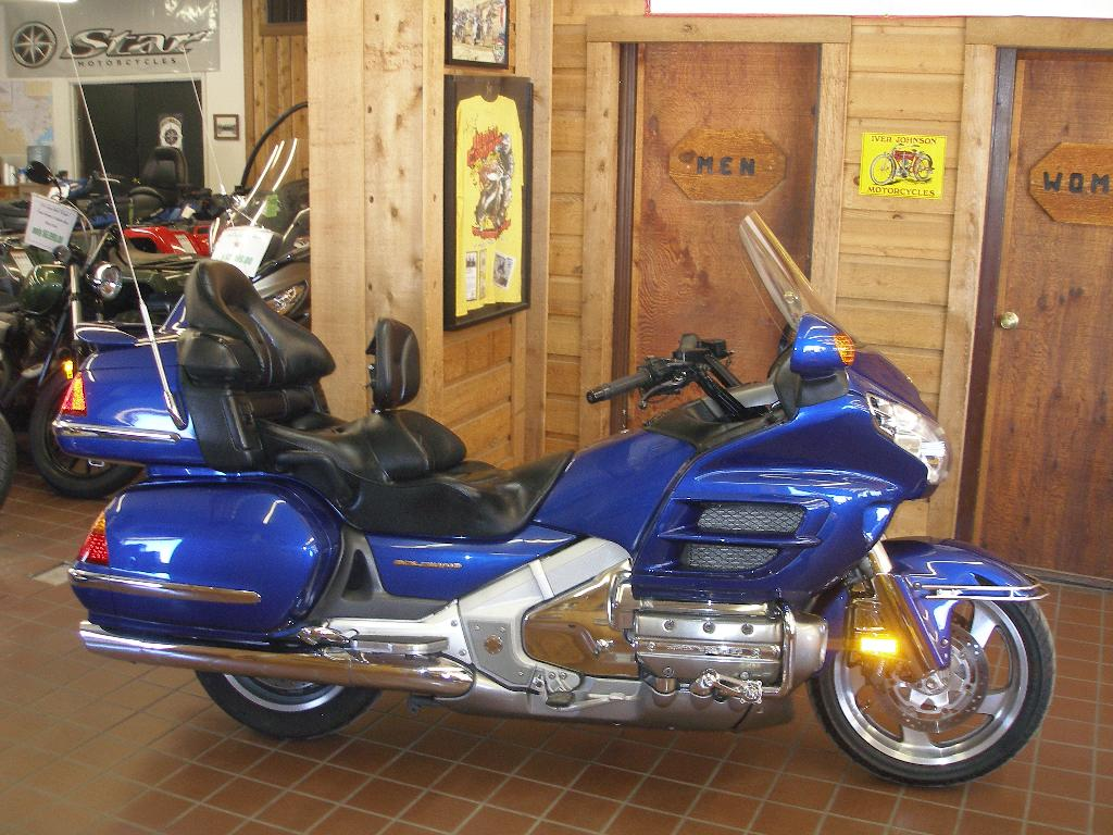 2001 Honda Gold Wing ABS, motorcycle listing