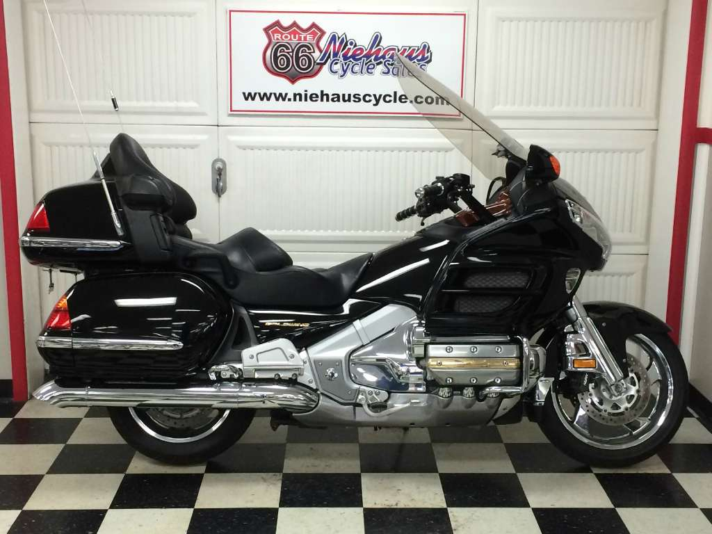 2002 Honda Gold Wing, motorcycle listing