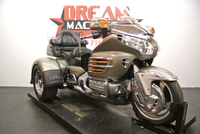 2003 Honda Gold Wing GL1800 Motor Trike *Cheap*, motorcycle listing