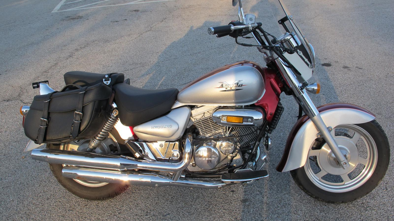 2005 Hyosung GV250, motorcycle listing