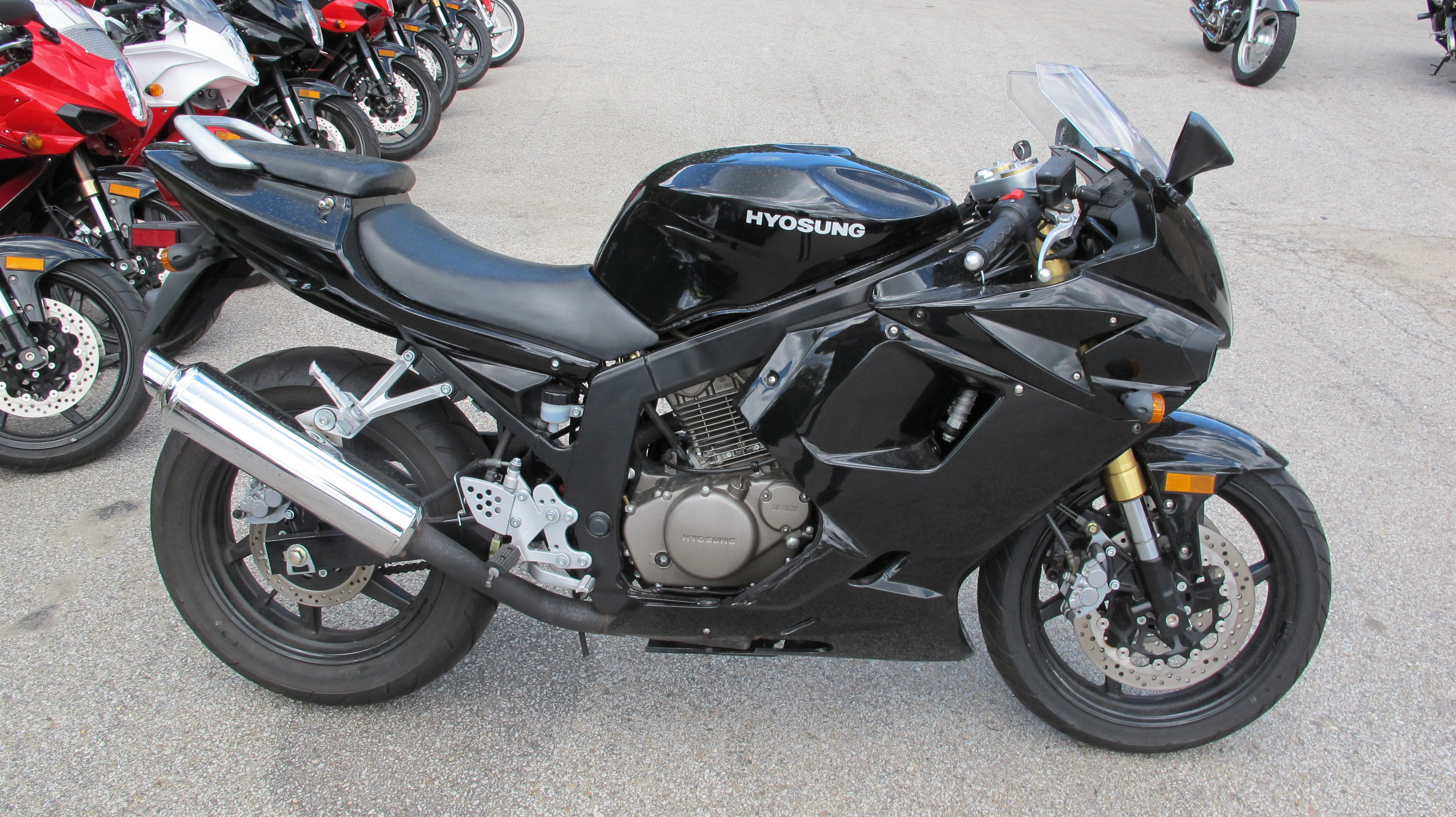 2008 Hyosung COMET GT250R, motorcycle listing