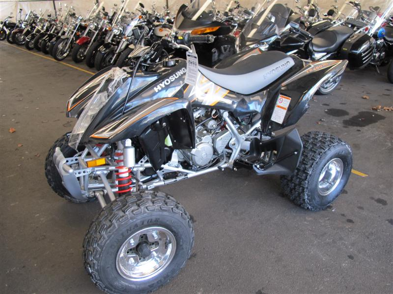 2008 Hyosung TE450S, motorcycle listing