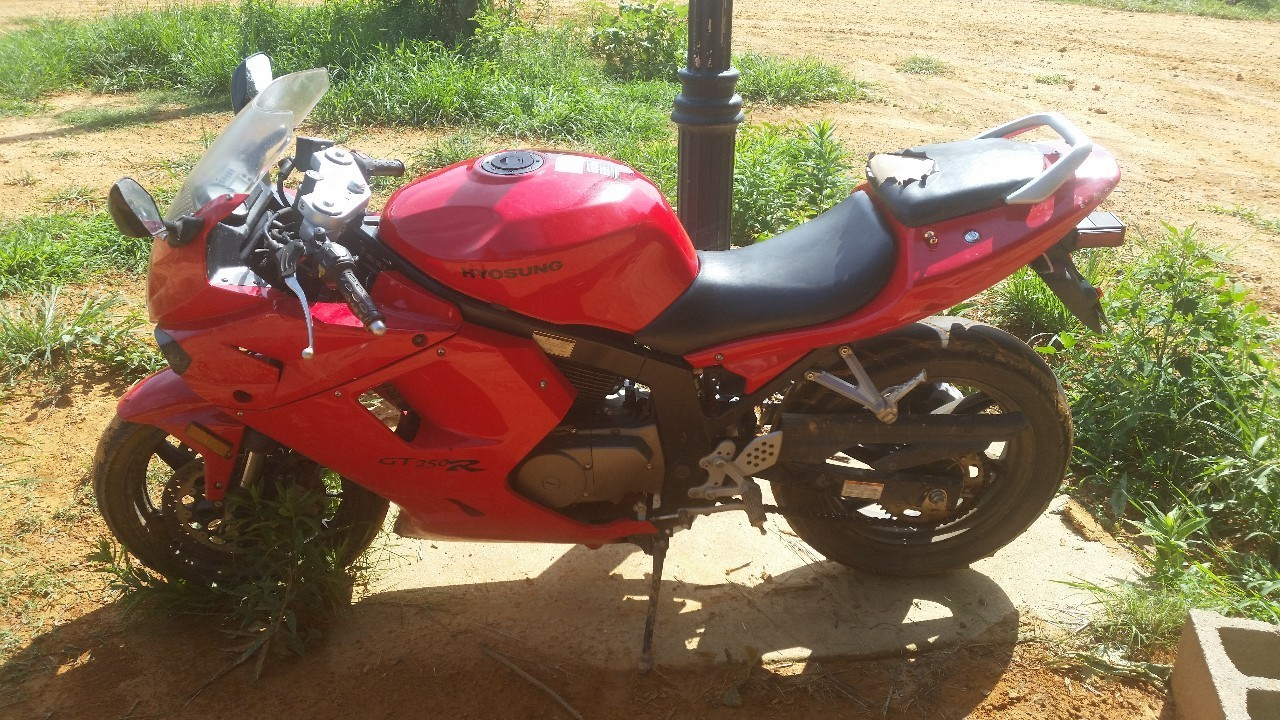 2009 Hyosung Gt250 R, motorcycle listing