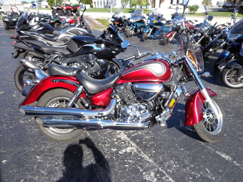 2010 Hyosung ST7 GT700C, motorcycle listing